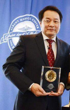 Xiaoliang Sunney Xie
