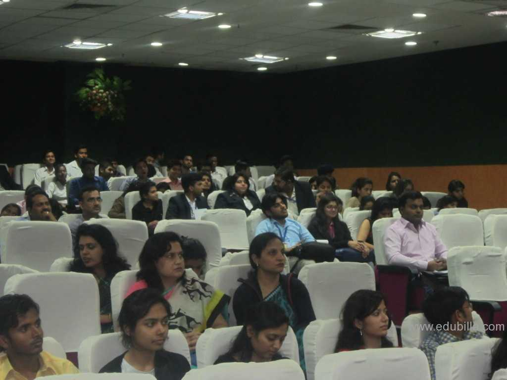 seminar03.jpg