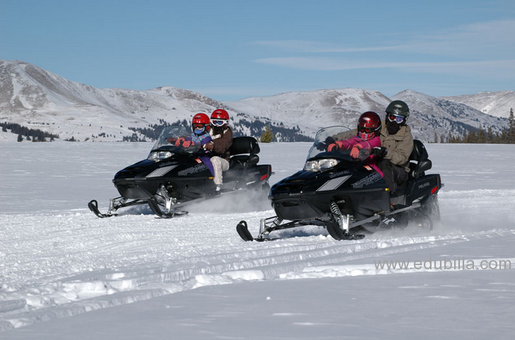 snowmobile1.png