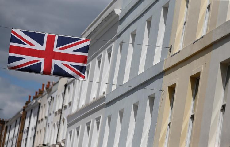 12/6f/british-government-to-increase-visa-fees.jpg