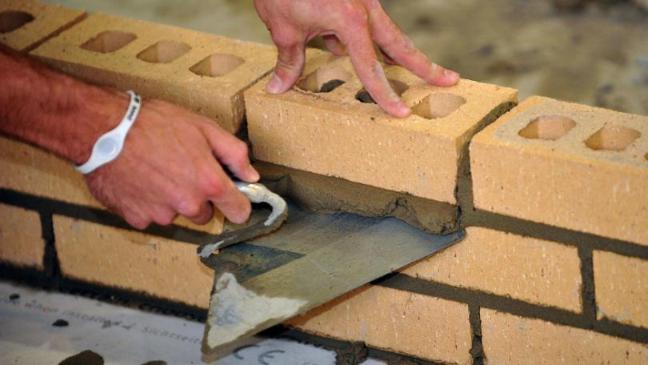 26/10/cbi-warns-on-apprenticeship-levy.jpg