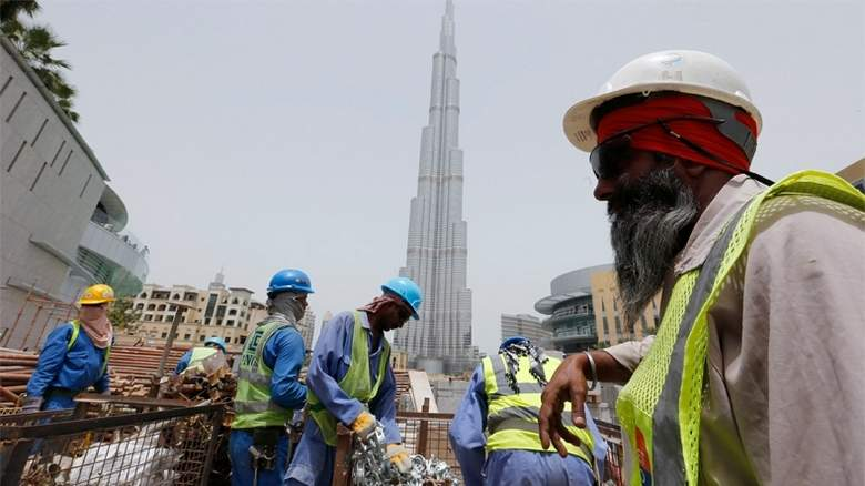 29/93/indian-workers-in-uae-get-childrens-education-support.jpg