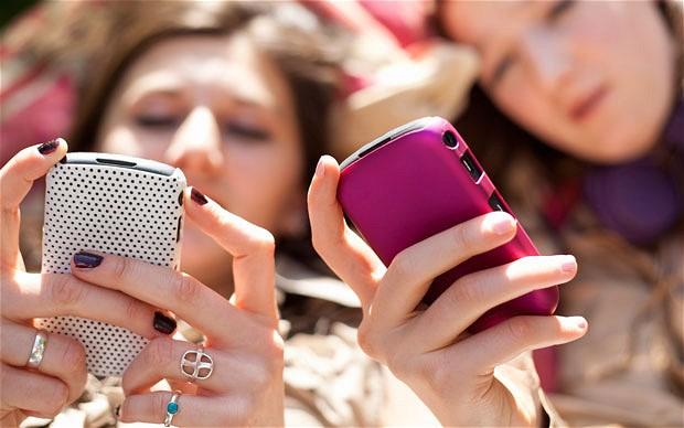 5d/8e/banning-mobile-phones-in-schools-.jpg