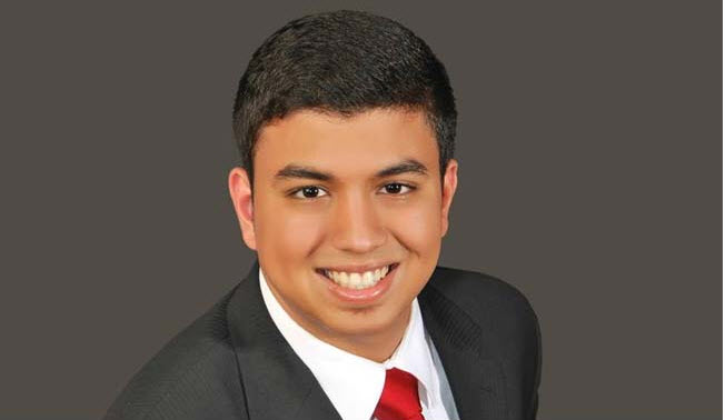 61/e5/18-year-old-indian-becomes-worlds-youngest-chartered-accountant.jpg