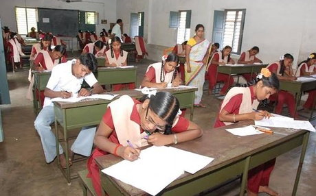 6e/1f/kerala-10th-exam-starts.jpg