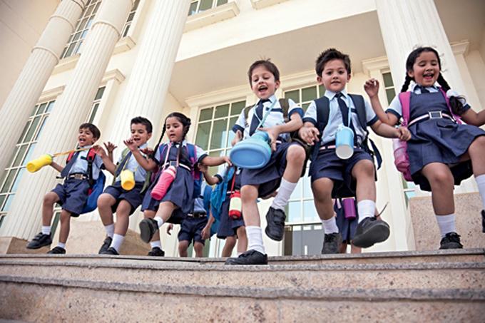 8d/40/schools_india.jpg