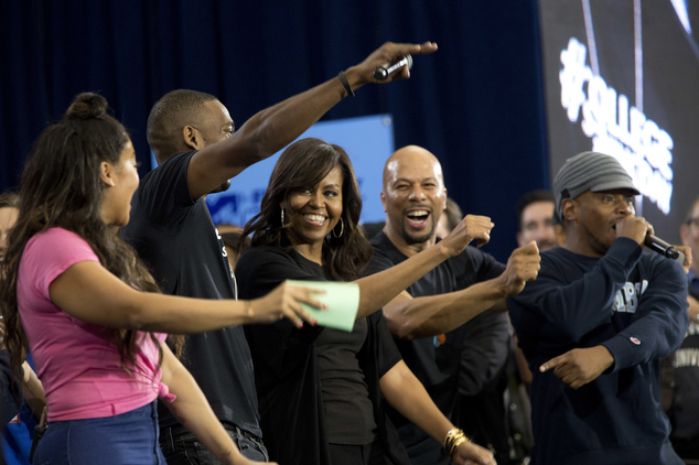 Ae/5c/michelle-obama-in-harlem-to-promote-higher-education-during-college-signing-day.jpg