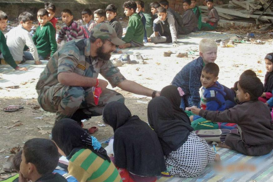 C2/a9/army-launches-school-chalo-operation-in-south-kashmir.jpg