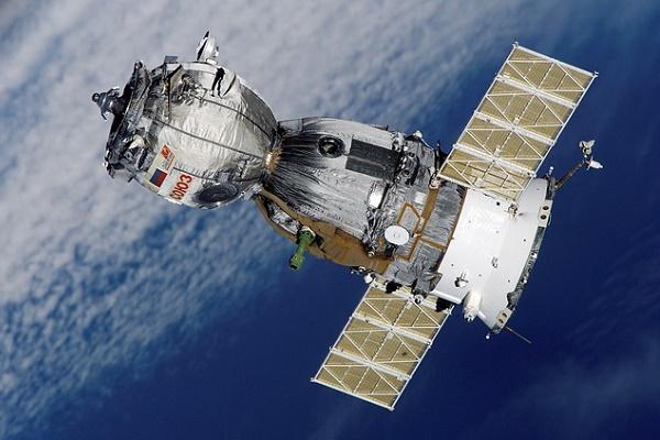 C8/86/karnataka-engineering-students-make-satellites-for-isro.jpg