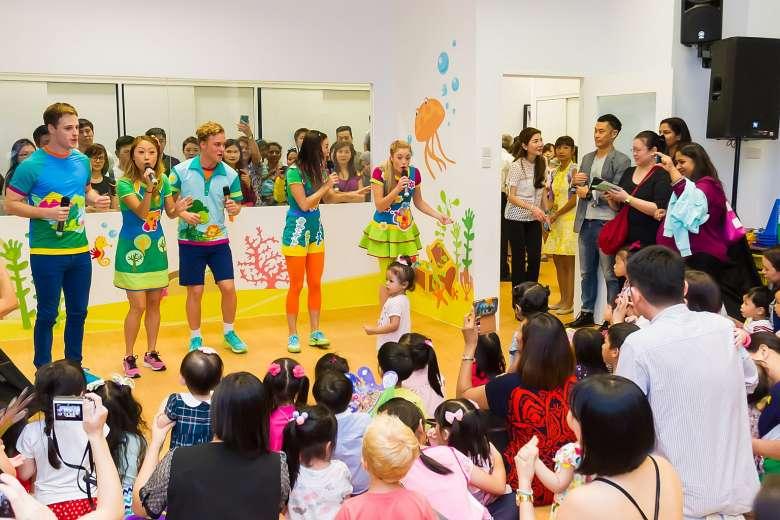 E0/b9/hi-5-launches-first-pre-school-in-singapore.jpg
