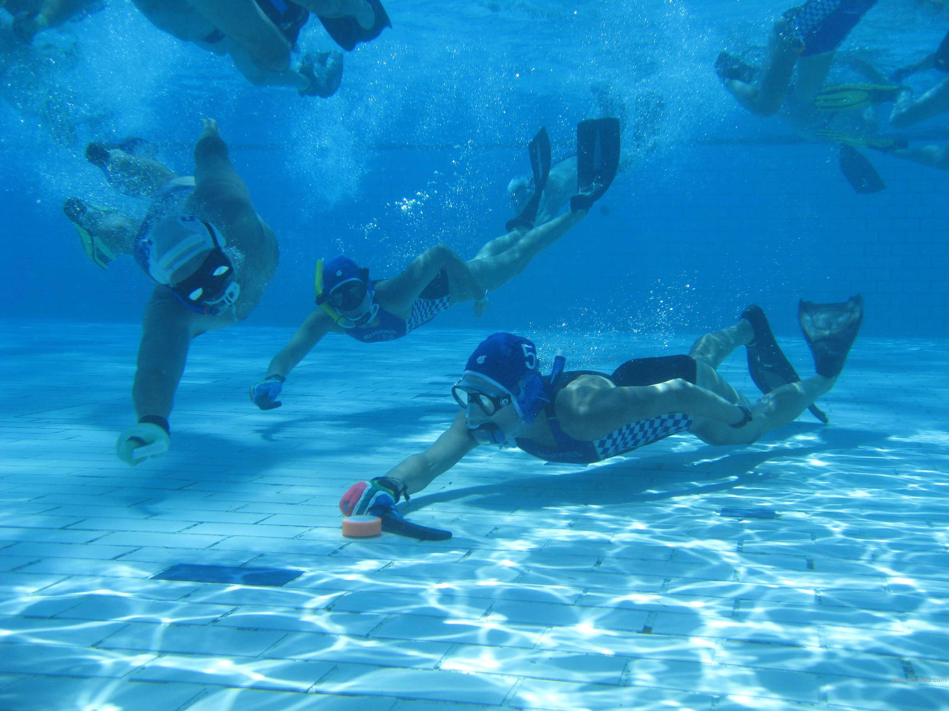underwaterhockey20.jpg
