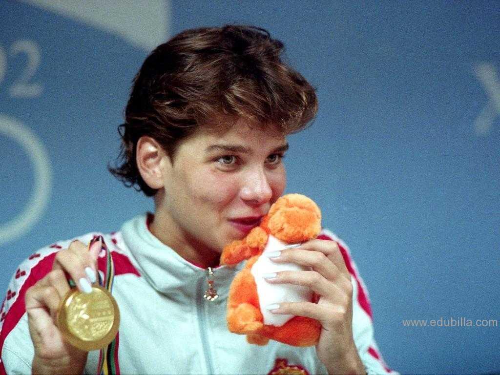 images Krisztina Egerszegi 7 Olympic medals