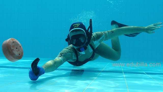 underwaterhockey14.jpg