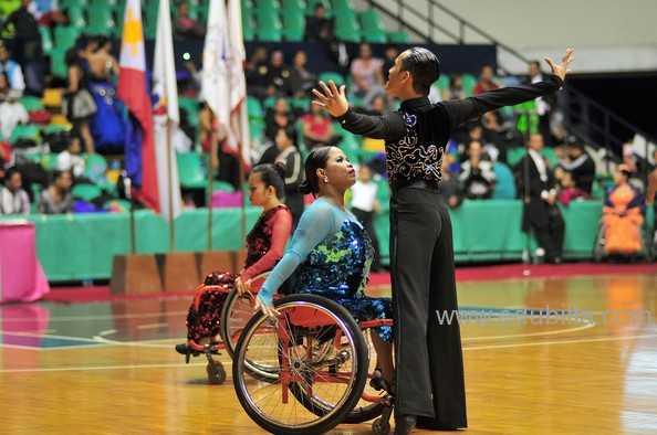 wheelchairdancesport8.jpg