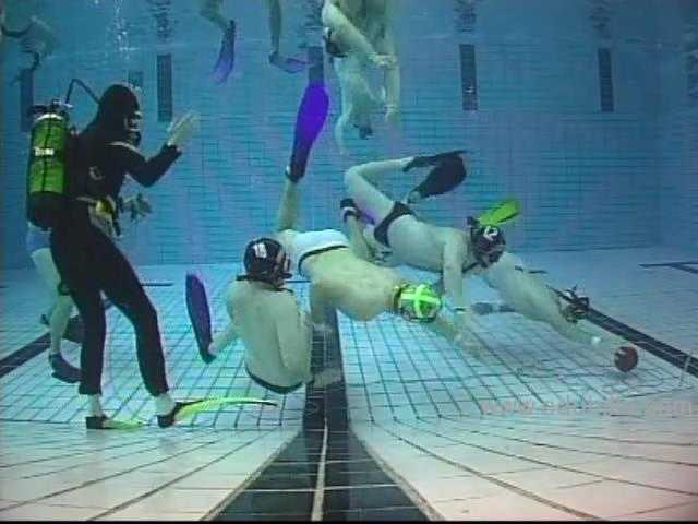underwaterrugby17.jpg