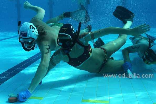 underwaterhockey6.jpg