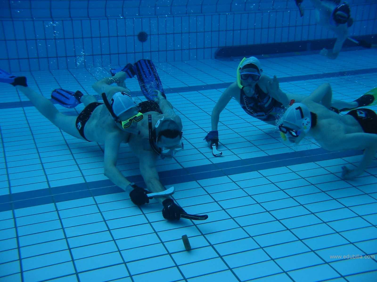 underwaterhockey24.jpg