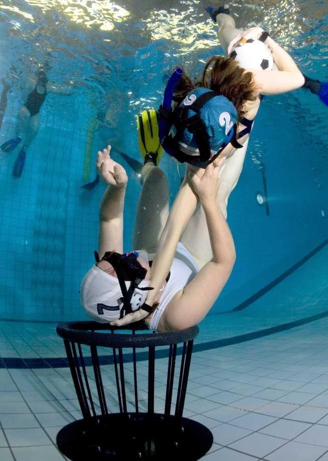 underwaterrugby20.jpg