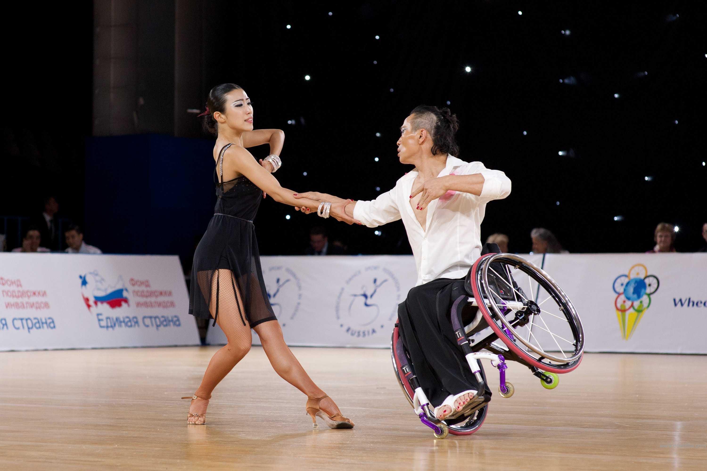 wheelchairdancesport3.jpg